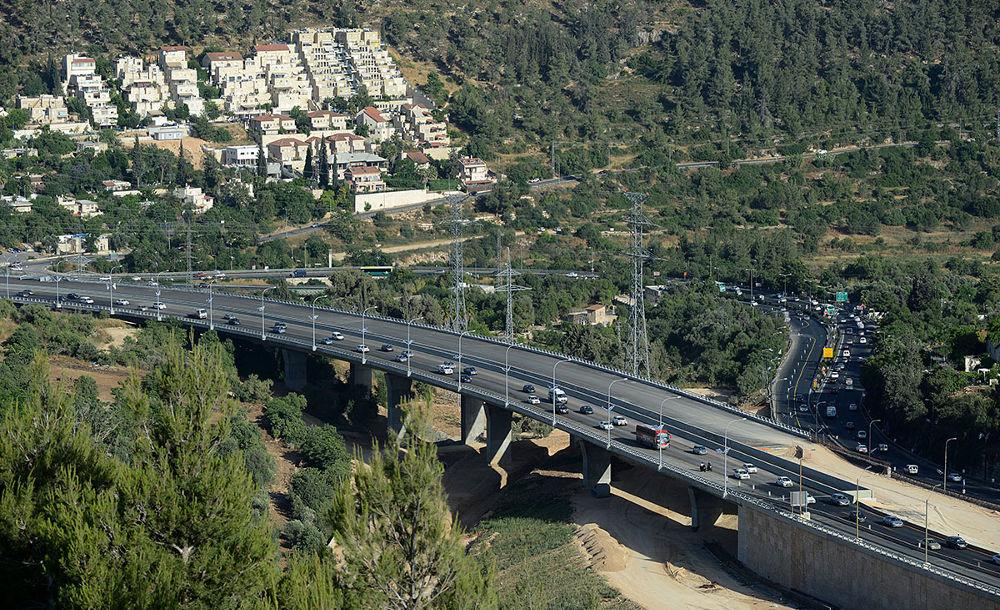 גשר מוצא